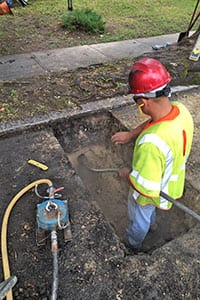 AGI Construction crews are using 3- and 4-inch diameter Grundomat piercing tools for a significant gas service line replacement program in Rhode Island.